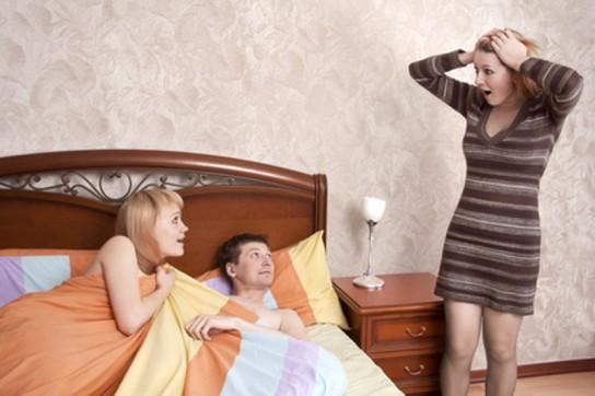 Как узнать, что жена вам изменяет. Все признаки неверности