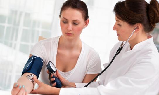Ноющая боль в низу живота у женщин лечение