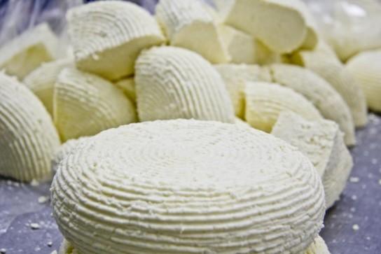 Сыр из кефира домашний 85