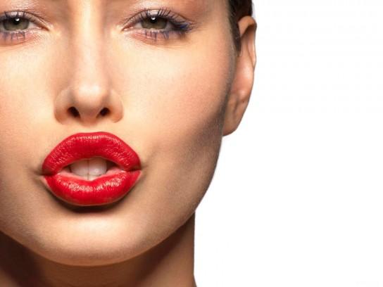 Как сделать щеки пухлее при помощи косметики